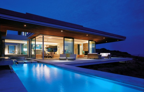 The amazing SAOTA designed Cove 6 house in Knysna, South Africa
